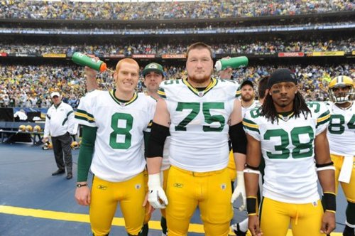 aaron-rodgers-photobomb-2