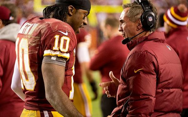 Blog-Photo--Mike-Shanahan-dropkicks-RG3-in-knee-as-power-struggle-escalates